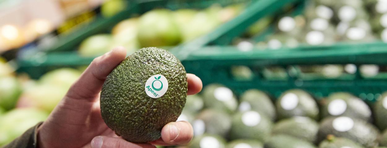 Avocado's Apeel in winkel 3