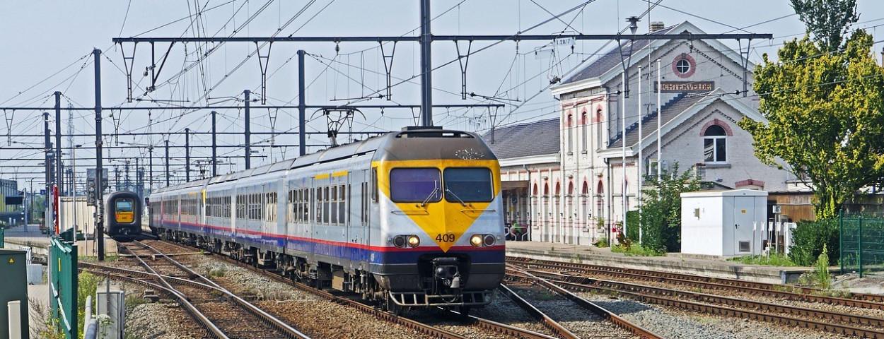 spoor-trein-nmbs-infrabel-station-1280