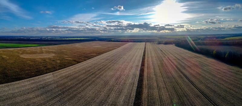 oekraine-jerom-graanschuur-vruchtbaregrond-1250