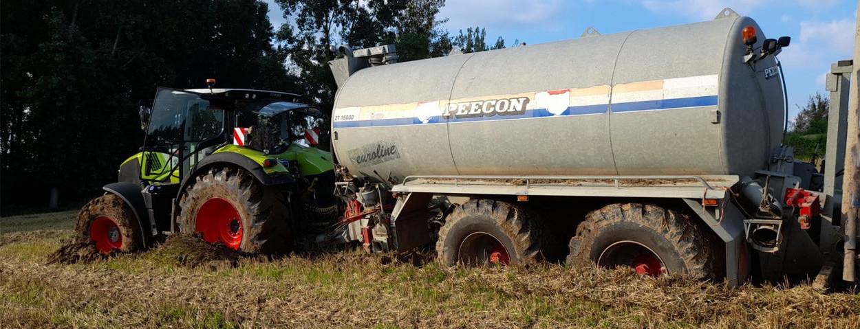 mest uitrijden nat modder_FB Agro Wauters- Aveve